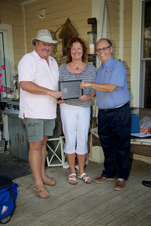 l - r: Bruce MacKinley, Rotarian Geri Mahoney and Mike Walsh, Past District Governor of Rotary District 7810